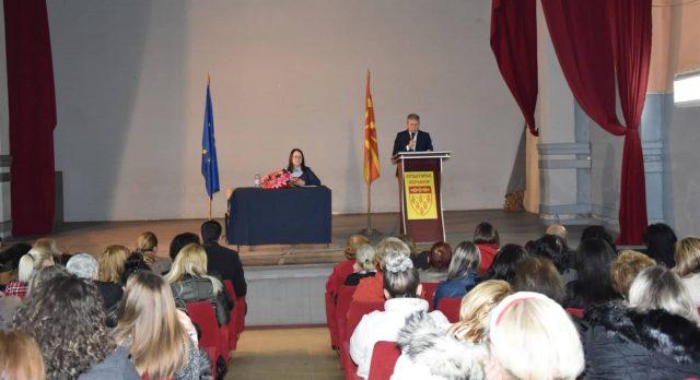 Одржана трибина против родово насилство во организација на Форумот на жени на СДСМ Кочани