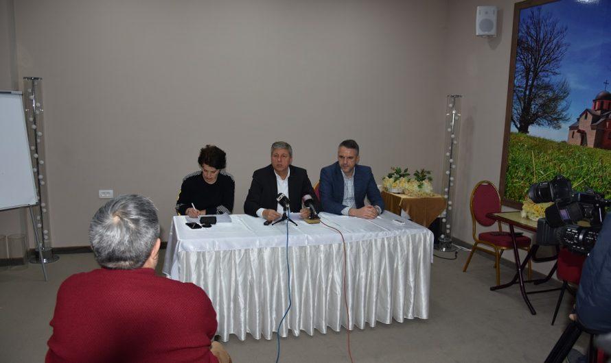Градоначалникот Илијев на средба со новинарите