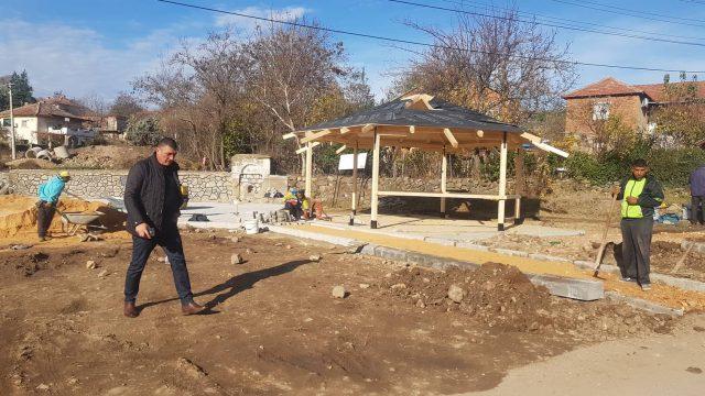 Увид во реконструкцијата на  јавните чешми во Општина Чешиново- Облешево