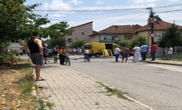Превезувајки мигранти кочанец направил сообраќајка во Струмица