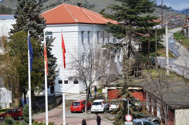 """Состојбата на улицата """"Гроздан Трифунов"""" мора да се санира постапно и законски"""