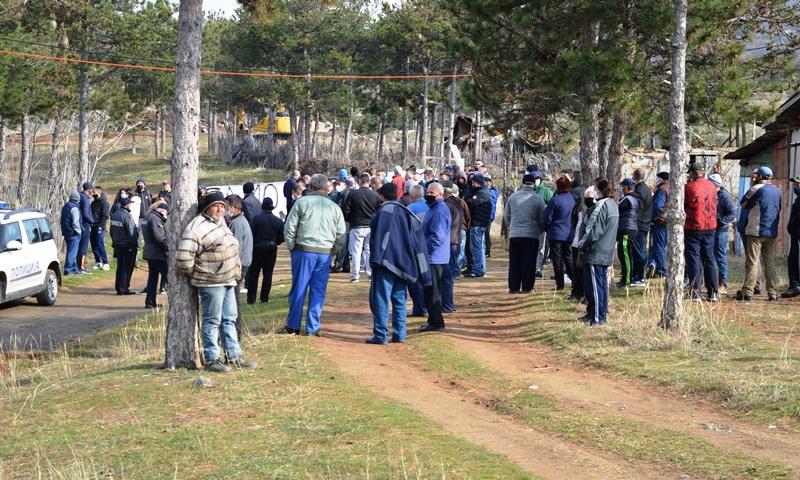 Граѓани од три кочански населби протестираа против изградба на објекти за домување за семејствата од Старата касарна