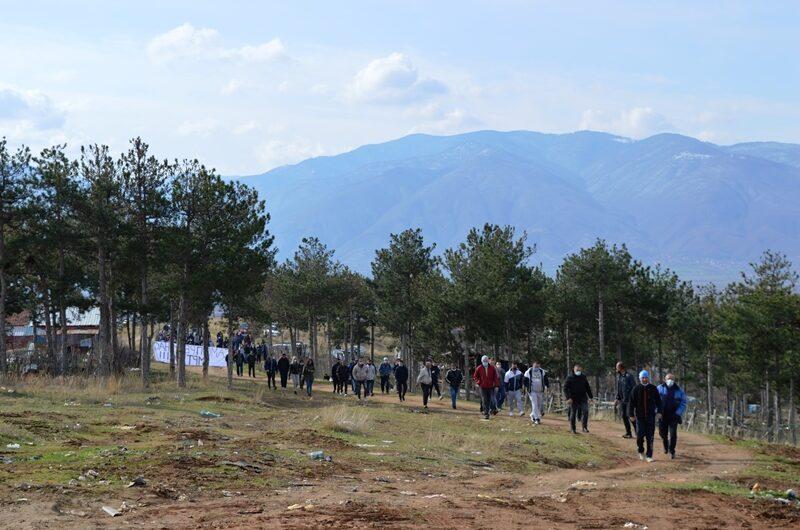 Жителите на Трајаново Трло: Одредени политичари и поединци од Ромската етничка заедница сакаат да му дадат етнички и партиски контекст на вчерашниот протест