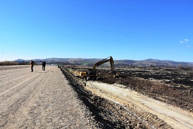 В сабота протест и блокада на изградбата на експресниот пат Штип-Кочани кај Спанчево – земјоделците бараат пристап до своите ниви