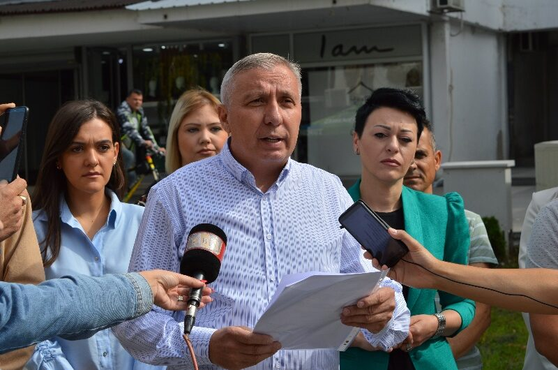 Прес-конференција на Љупчо Папазов кандидат за градоначалник на ВМРО-ДПМНЕ и коалицијата
