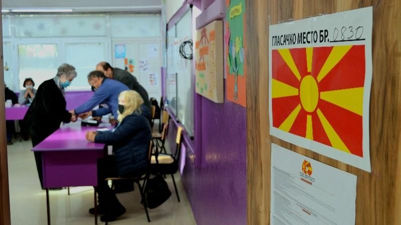 """До 13 ч. гласале 7379 гласачи, најголема излезност во избирачкото место 835 – Детска градинка на ул """"Скопска"""""""