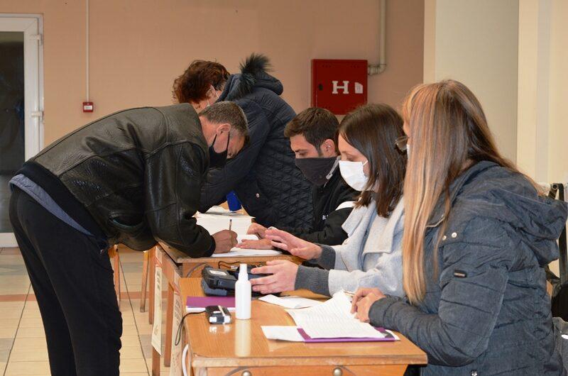 Во 19 ч. затворени избирачките места во Кочани, излезноста до 18:30 ч. е 47.10 отсто