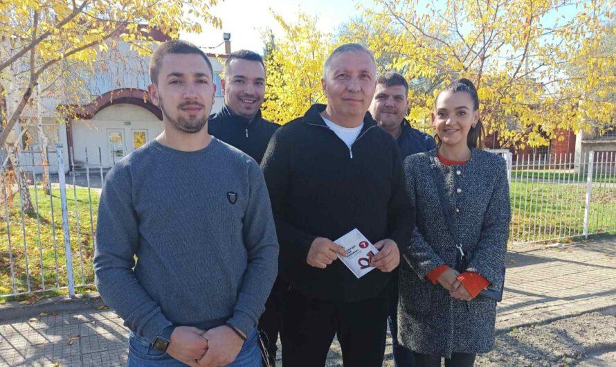 Кандидатот за градоначалник Љупчо Папазов на прес-конференција промовираше проекти за младите во Кочани